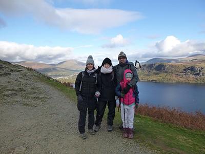 Family walking trip up Cat Bell mountain