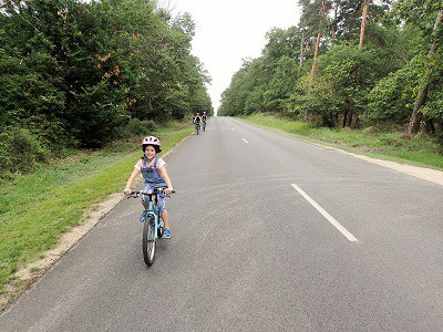 Cycling to Château de Chambord